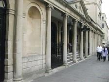 The Pump Room entrance facing the Cross Bath